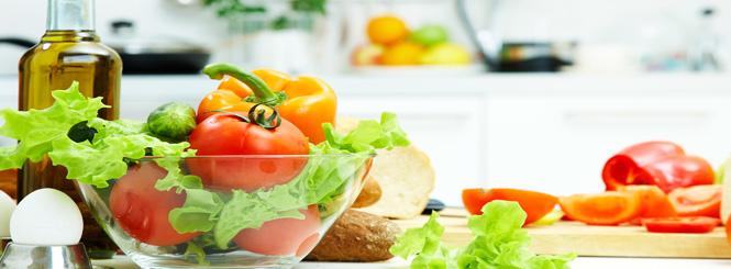 pflege des alten Menschen - Gesunde Ernährung – mit Genuss